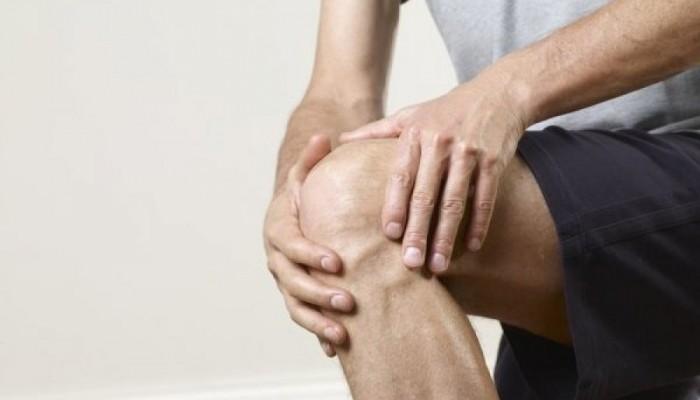 18833422-prostatit-bolyat-koleni