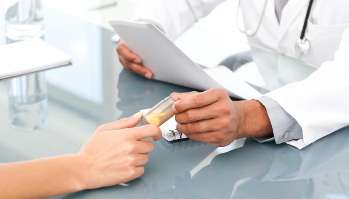 Kak-prinimat-protivozachatochnyie-tabletki2