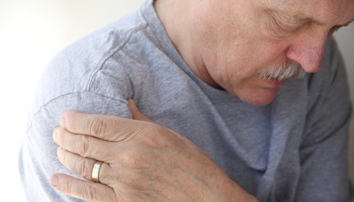 shoulder pain in a senior man