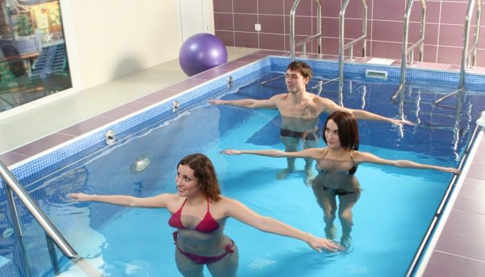 Plavanie-pri-gryizhe-pozvonochnika2