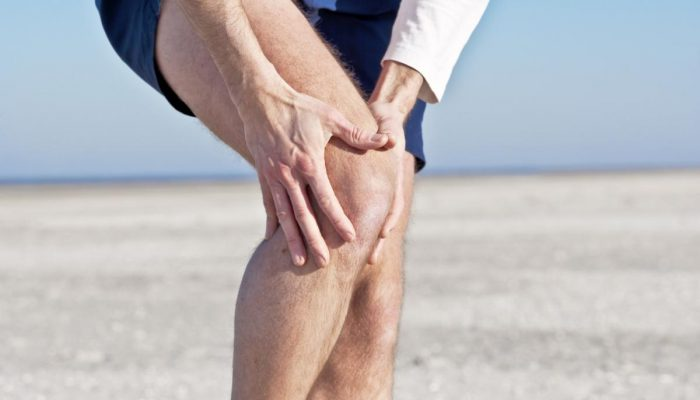 adult-knee-pain