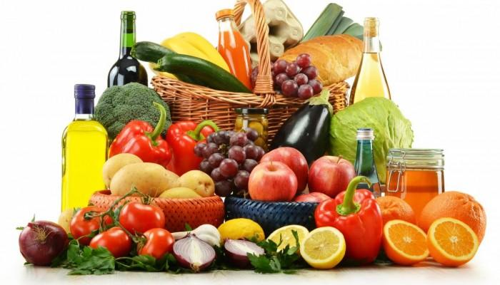 Изображение - Лечить хрящ сустава frukty-ovoschi-vino-assorti_0-700x400