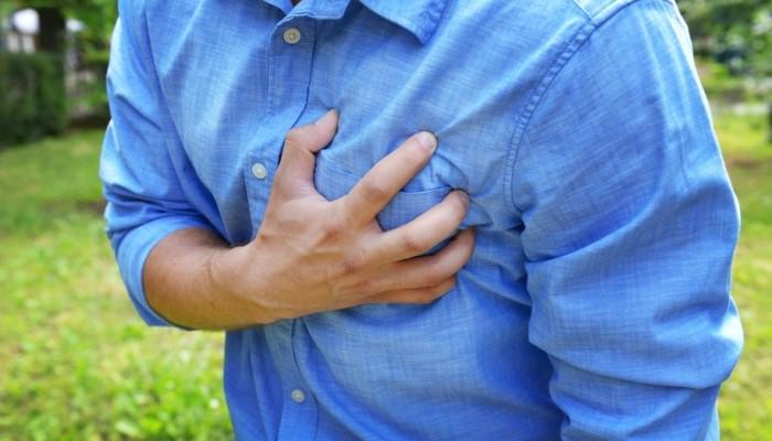 prichina-bolej-v-grudnoj-kletke-nevralgija-ili-serdce1