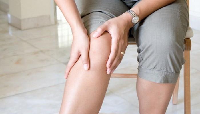 Если болят суставы к какому врачу обращаться