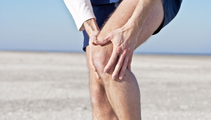 Sore_bone_below_the_knee_1-e1420611410352