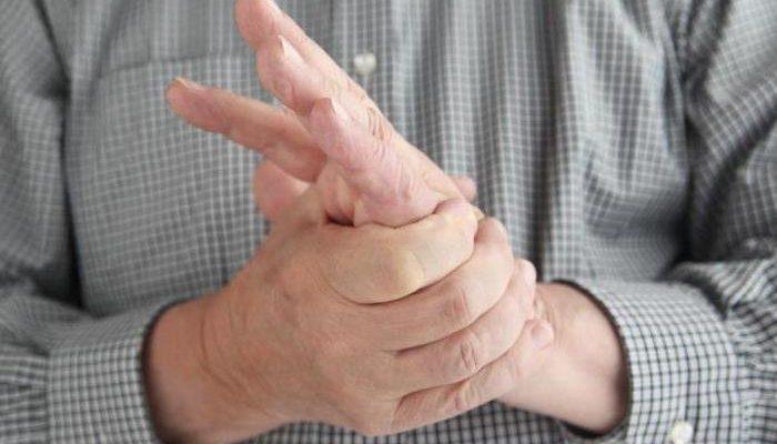 Изображение - Артрит суставов на рентгене 91670611-boli-v-ruke-diabet-700x400